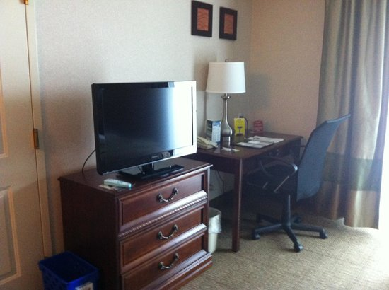 Comfort Inn & Suites South Burlington: Room