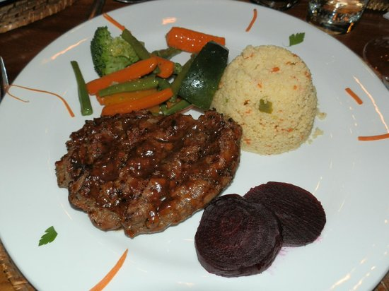 Norotshama River Resort: Oryx-Steak with Couscous