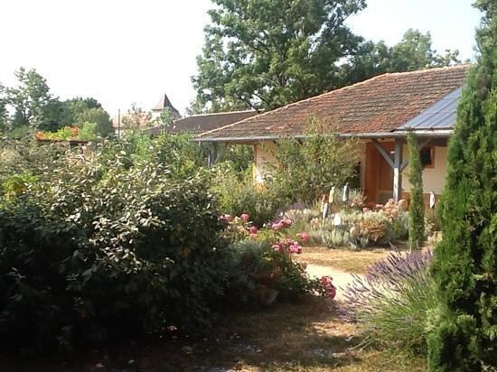 Hotel le Grezalide : the inner yard