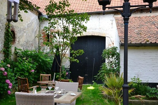terrasse photo de le patio restaurant montreuil sur mer tripadvisor