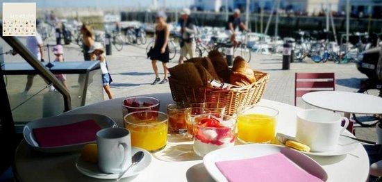 Petit Déjeuner à L'Atelier La Martinière