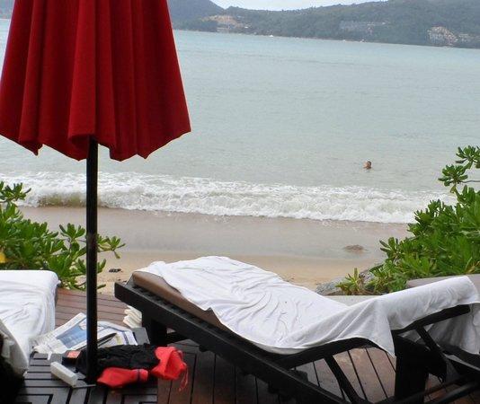 Amari Phuket: beach front beds