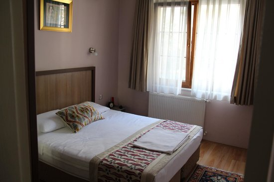 Topkapi Apartments: chambre 1