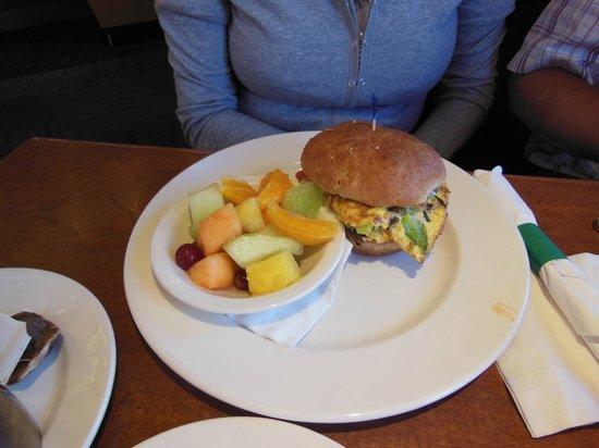 Holiday Inn Suites Kamloops: Un plat du petit-déjeuner