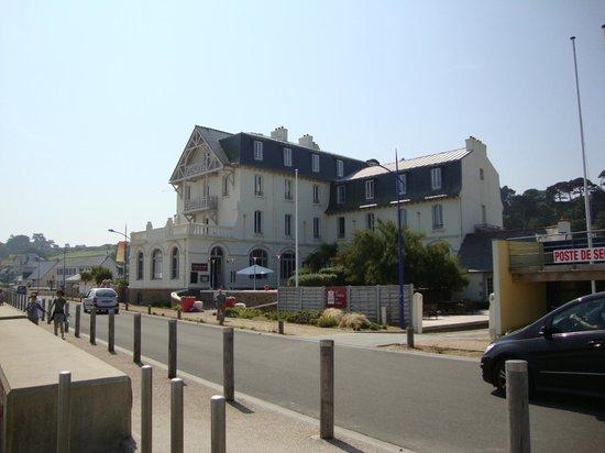 Hotel De France Plougasnou