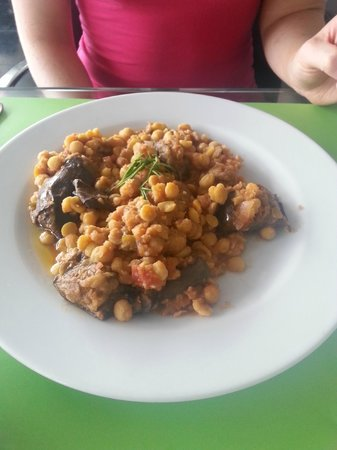 Restaurant at the Acropolis Museum : Bean Medley