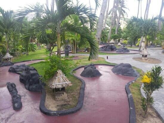 Tropical Mini-Golf : Tropical minigolf is fun!