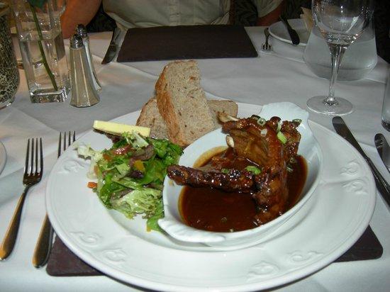 The Lamplighter Dining Rooms: lamb ribs & bread