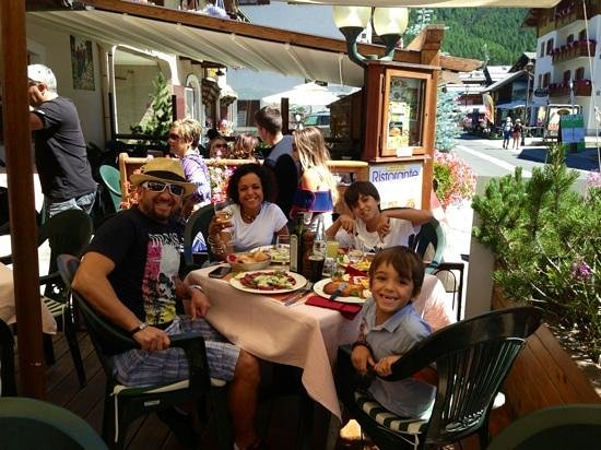 Hotel Alpina: il nostro sorriso parla da solo !!!!