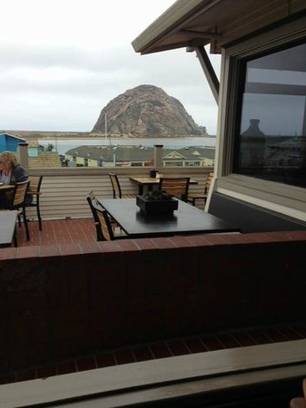 Dorn's Original Breakers Cafe : View of Morro Rock