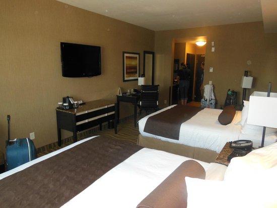 BEST WESTERN PREMIER Freeport Inn & Suites: Vue de la chambre