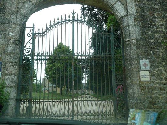 Chateau de la Flocelliere: entree