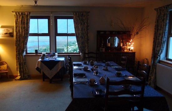 Ferroch Guest House: ready for next morning's breakfast