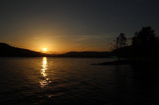 Lillehammer Camping: Sunset over Mjøsa