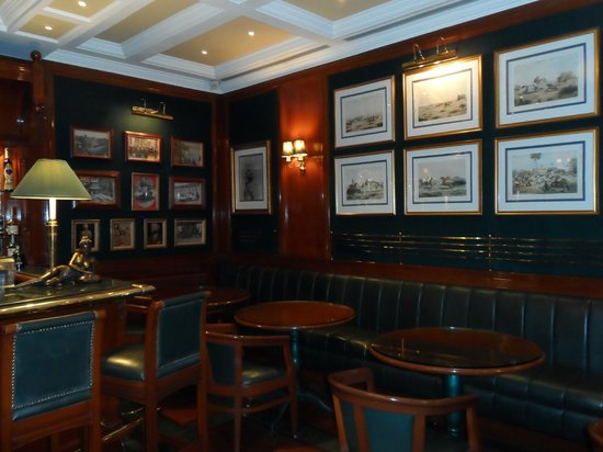 The Imperial Hotel : The Patiala Peg Bar