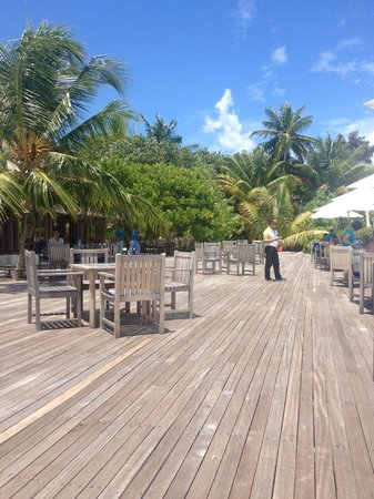 Olhuveli Beach & Spa Maldives: Бар