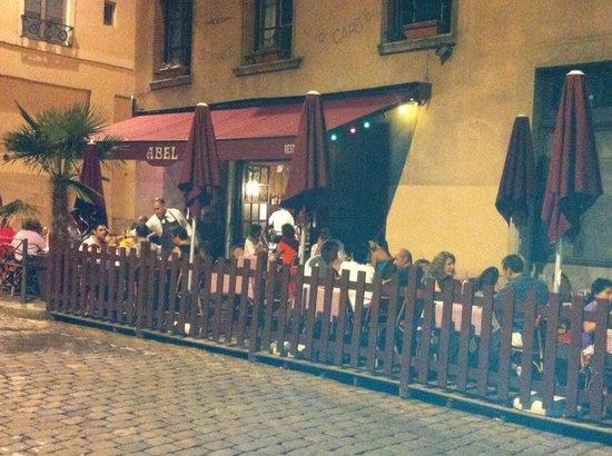 Vue de la terrasse le soir 22h30 picture of cafe comptoir abel lyon tripadvisor - Le comptoir des fees lyon ...