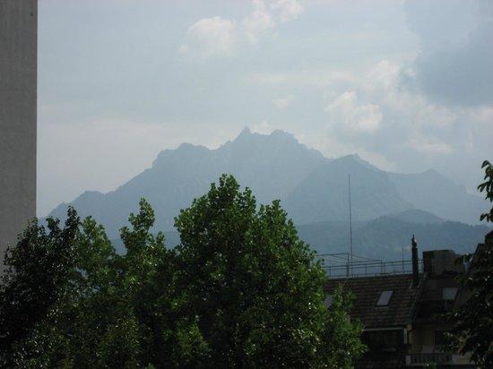 Continental-Park Hotel : vue sur le mont pilatus