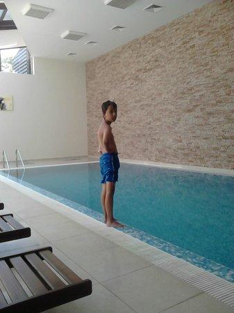 Aspen Golf: Indoor pool