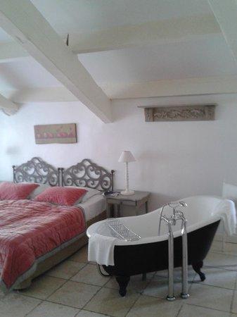 Chateau de Mazan : Chambre