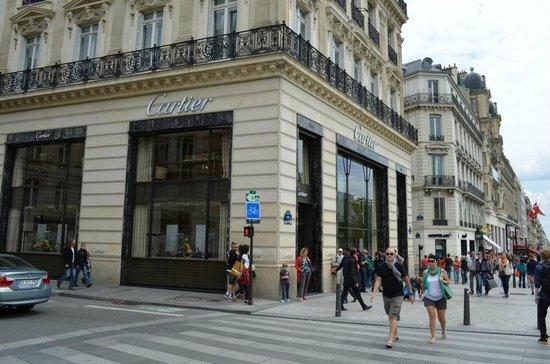 Champs-Elysees: Luxusgeschäft Cartier