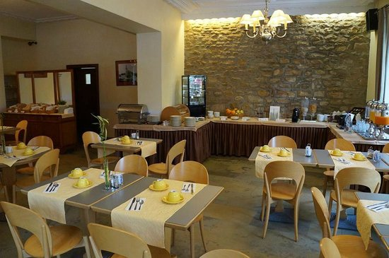 Hotel Le Chatelet: Dinning /Breakfast room