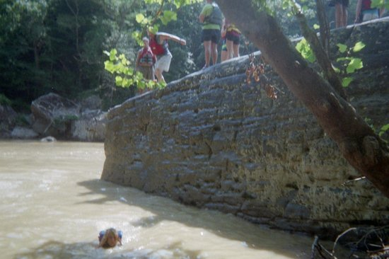 """Sheltowee Trace Adventure Resort - Day Tours: Going off """"Jump Rock""""!"""