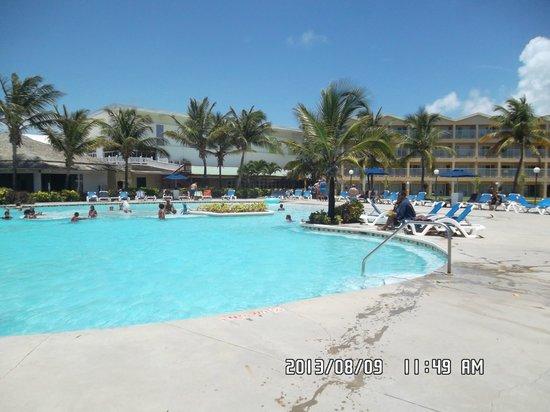Coconut Bay Beach Resort & Spa: 1 of the 4 pools....