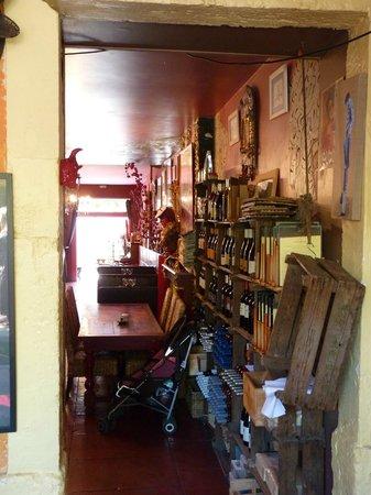 Le Café de Bouzigues : l'intérieur