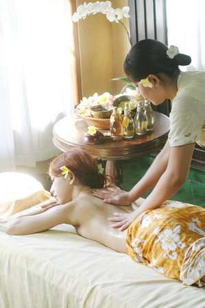 Up and Away Bali Tours: need spa in bali please bussme