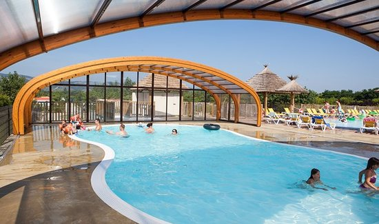 Camping le soleil fruite chateauneuf sur is re frankrig for Appart hotel hevea