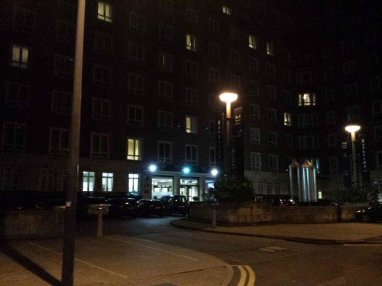 LSE Bankside House: Outside hotel