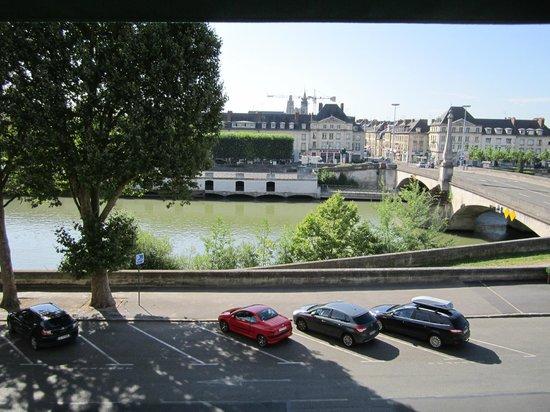 Hotel de Flandre: View of the river