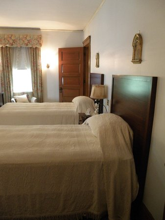 John F. Kennedy National Historic Site: Boys room