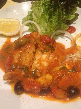 Salas Pool Restaurant: main course