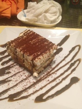 Salas Pool Restaurant: tiramisu