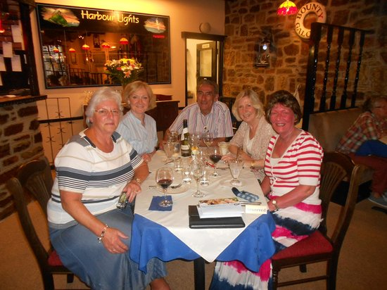The Harbour Lights B&B: Dinner with Friends