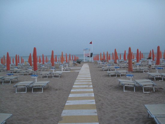 Hotel Silva: Spiaggia