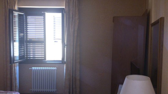 Hotel Giardino: camera sul vicolo