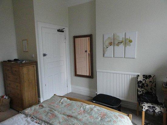 The Thomas Paine Hotel: Room 2