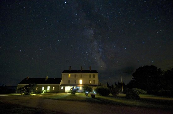 Lookout Inn: Milky Way over the Inn