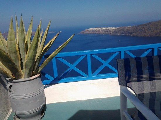 Prekas Apartments : terrasse chambre 4