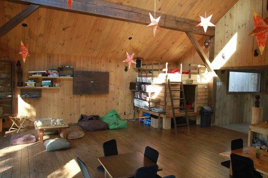Kabania : Salon dans le pavillon commun