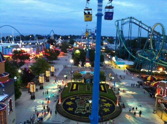 Cedar Point's Express Hotel: A View