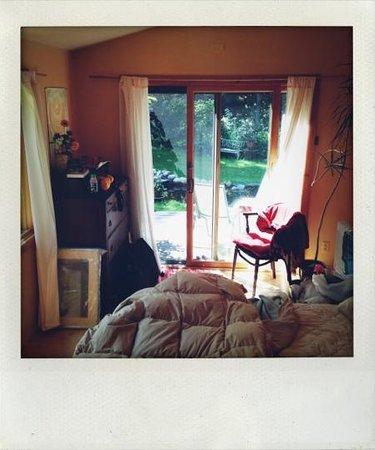 Sanctuary Garden B&B: the guest bedroom