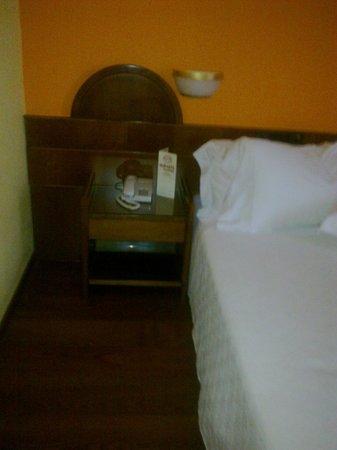 Civitel Akali Hotel: bed