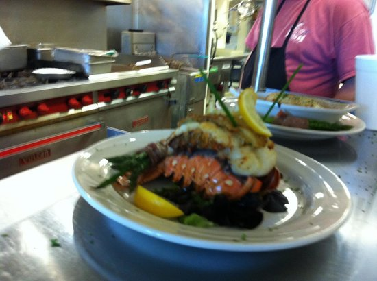 Tortuga's Seafood Restaurant: Lobster Tail