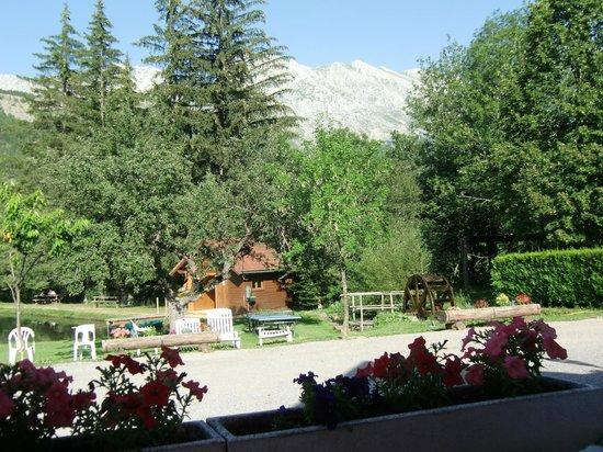 Logis La Neyrette : Die Gartenanlage