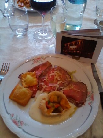 Hotel Montegrappa: antipasto
