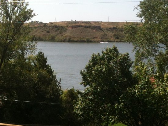 Buffalo Springs Lake